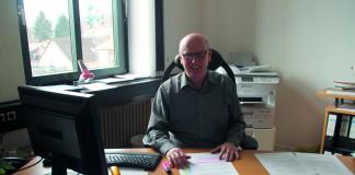 Der Sulzbacher Citymanager Dieter Heckmann in seinem Büro im Rathaus