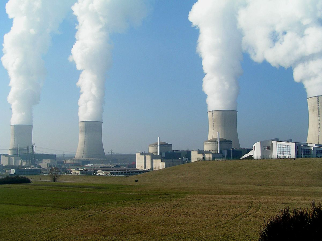 1200px Nuclear Power Plant Cattenom