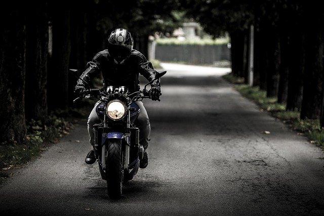 Gezielte Kontrollen: Polizei zieht acht Motorräder aus dem Verkehr
