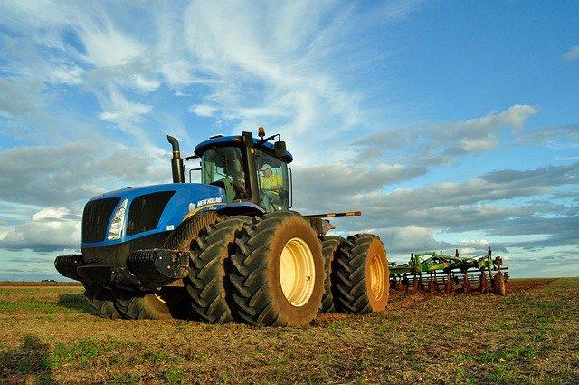 Gestohlener Traktor aus St. Wendel in Reichweiler (Landkreis Kusel) aufgefunden