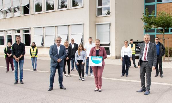 Landkreis Saarlouis erhält eine Million Euro für moderne Digital-Ausstattung von drei Schulen