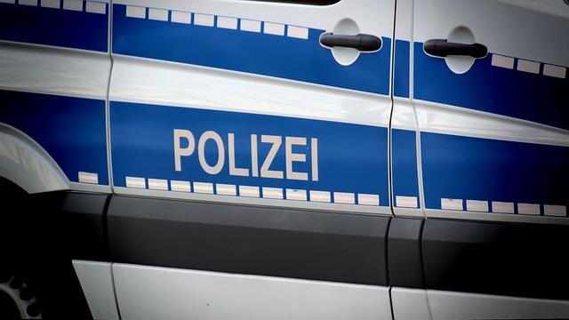 Wahlen: Diebstahl eines Kennzeichens am Einsatzfahrzeug der Polizei