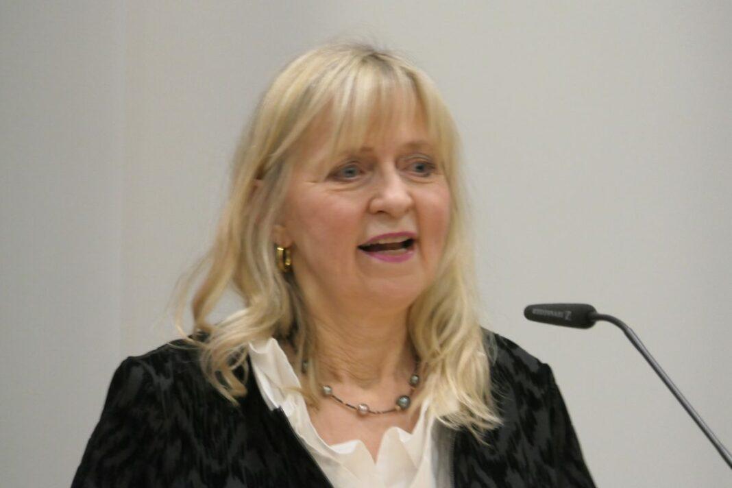 Astrid Schramm: