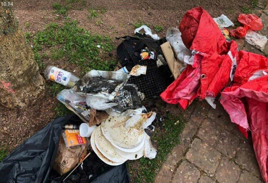 Müllentsorgung auf Spielplatz (Foto: Gemeinde Eppelborn)