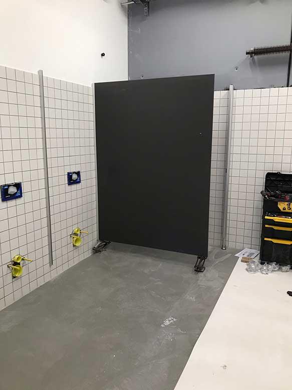 Montage WC Trennwaende2