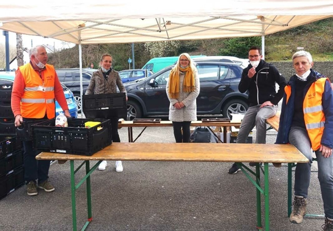 Junge Union Großrosseln spendet Lebensmittel für Saarbrücker Tafel
