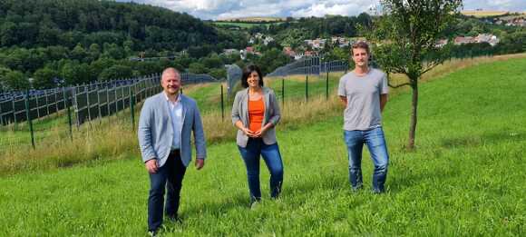 FDP-Abgeordnete besichtigen PV-Anlage in Eppelborn